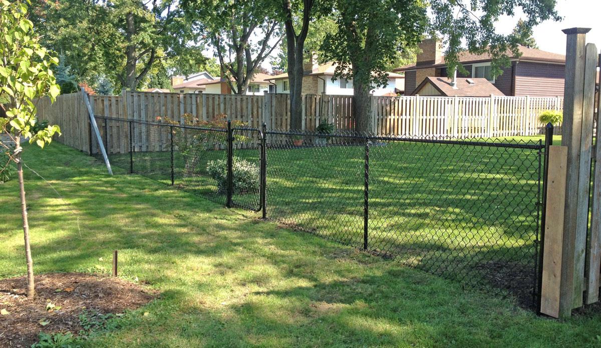Decks Amp Pergolas Maple City Custom Fence And Decks